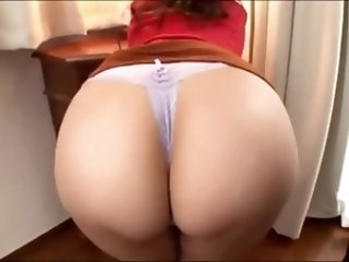 big butt japanese girlfiend fucking good