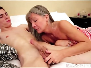 Blackmailing mommy 720p - -familytube.online-